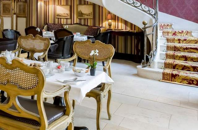 petit dejeunerHotel du Romancier Paris
